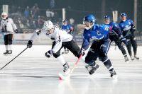 Хоккей с мячом в Иркутске очень популярен.