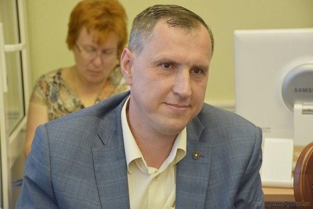 Владислав Чесноков является членом президиума федерации спортивного ориентирования России.