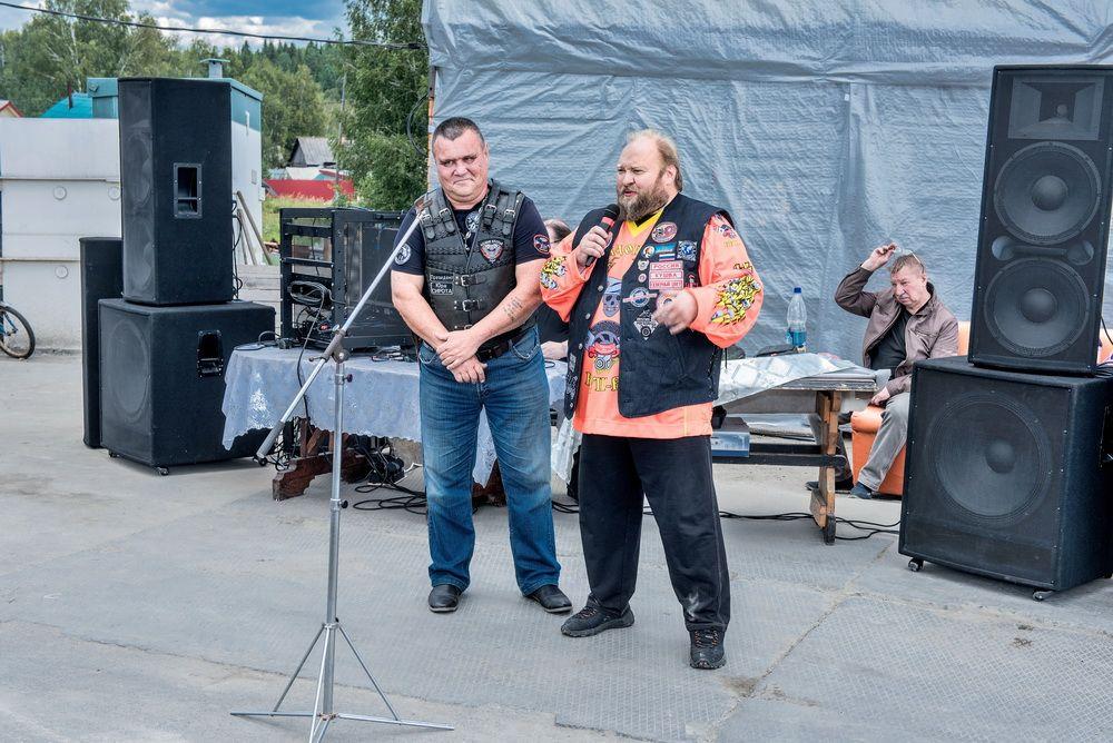 Юрий Колотов (слева) и Дмитрий Меньшиков (справа).