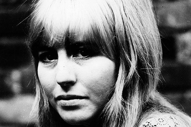 Синтия Леннон.