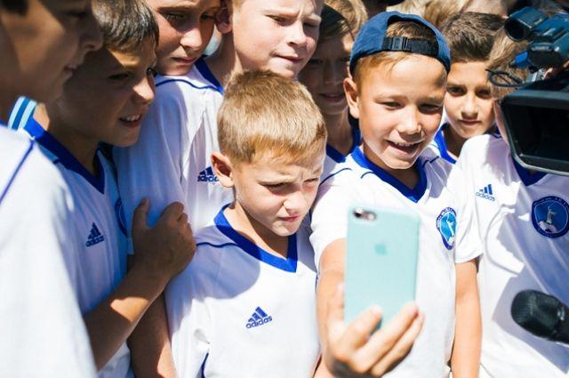 Выбрать среди 200 талантливых ребят, «болеющих» футболом, лучшего было непростой задачей.