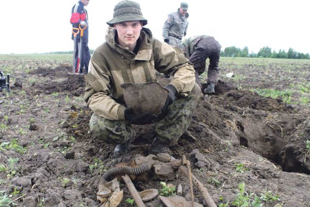 На этом рубеже обороны наши  солдаты стояли до последнего.