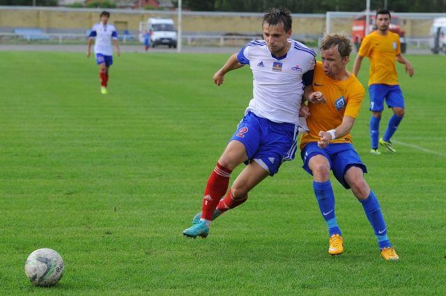 Омские футболисты готовятся сыграть с командой из Первого дивизиона.