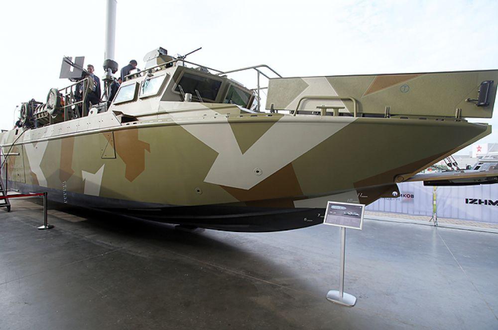 Боевой катер БК-16.