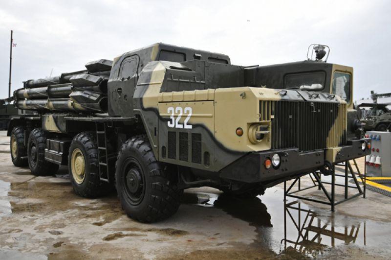 Боевая машина реактивной системы залпового огня «Смерч».