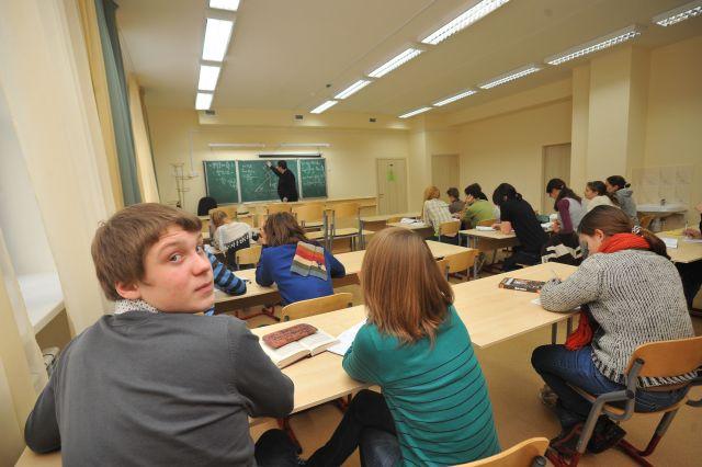 Учащимся вДень знаний придется слушать огосбезопасности идальневосточном гектаре