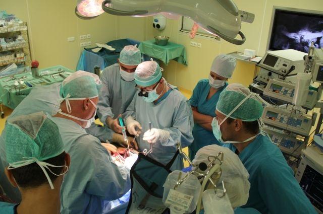 У пациента сердце срослось с другими органами.