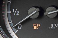 Что тяжелее спирт или бензин