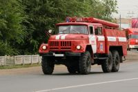 В тушении пожара принимали участие восемь машин.