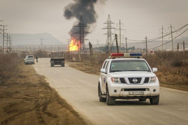 ВАзербайджане ввоинской части взорвался склад соружием