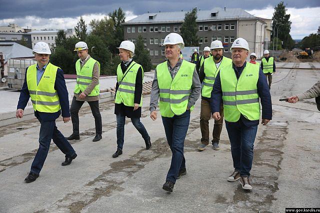 В воскресенье была проведена инспекция хода строительства Гоголевского моста