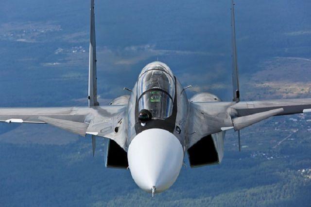 Морская авиация Балтийского флота усилилась тремя истребителями Су-30СМ.