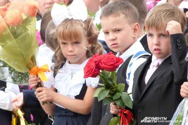 Акция стала всероссийской и уже три года подряд эту идею  поддерживают школы страны, собирая средства и отправляя их в качестве пожертвования благотворительным фондам.