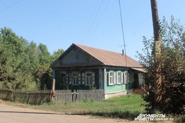 Тот самый дом, единственный в Туркестане.