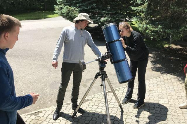В 2014 году обсерватория получила грант Российского научного фонда, почти полмиллиарда рублей на поиск жизни во Вселенной.