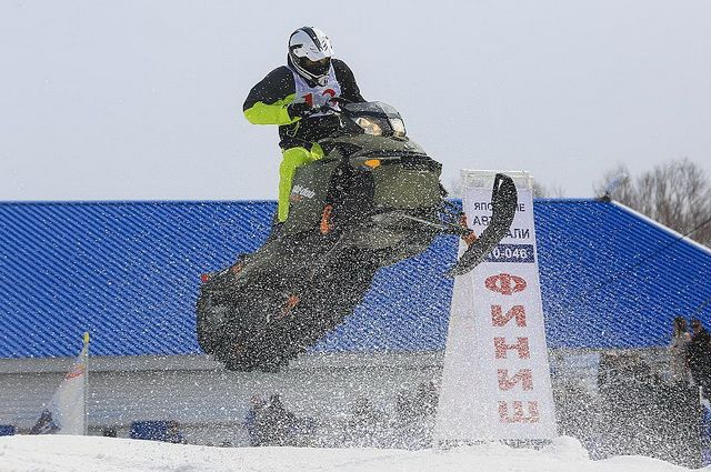 В Новом Уренгое состоятся гонки на снегоходах по воде