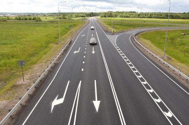 На трассе «Тюмень - Ханты-Мансийск» обновили покрытие на 27 километре