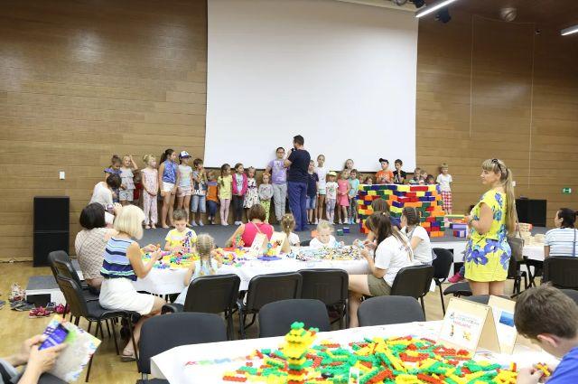 Более шестисот человек посетили первую семейную игротеку в Ханты-Мансийске 26 и 27 августа