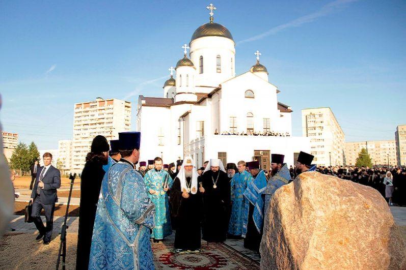 Храм Георгия Победоносца - единственный в области, где оборудована безбарьерная среда.
