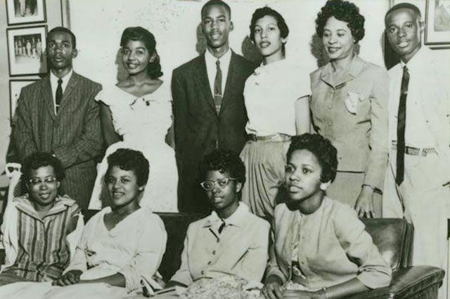 Десантники против расизма. История знаменитой «девятки из Литл-Рока»