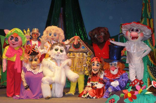 По городам и селам Тюменской области проедет театр на колесах