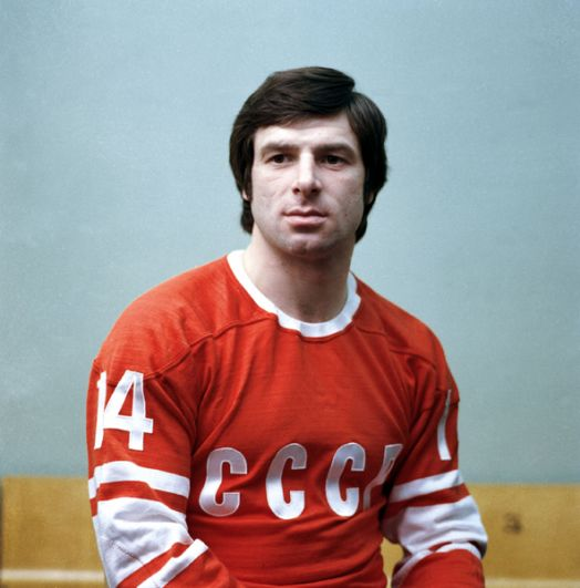 Валерий Харламов (нападающий). 7 матчей, 8 очков (3+5). Член Зала славы IIHF. Погиб в автомобильной катастрофе 27 августа 1981 года.