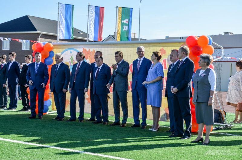 На торжественное открытие приехали глава региона Евгений Куйвашев, областные и городские чиновники.