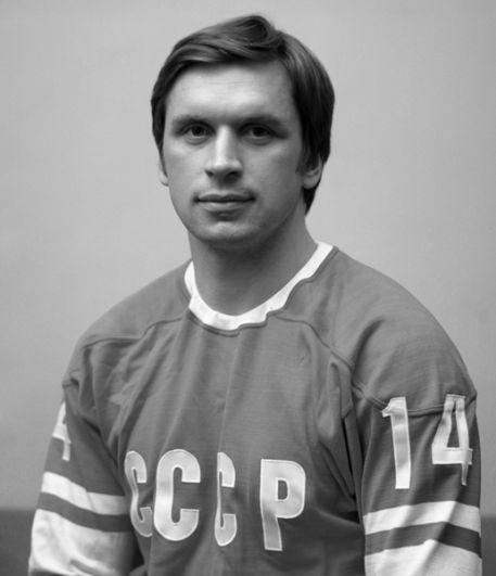 Владимир Лутченко (защитник). 8 матчей, 4 очка (1+3). Скаут клуба НХЛ «Нью-Йорк Рейнджерс», постоянный участник матчей ветеранов советского хоккея.