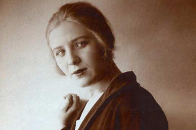 Изабелла Юрьева.