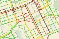 Движение особенно затруднено по улицам Революции, Луначарского, Куйбышева, Петропавловской.