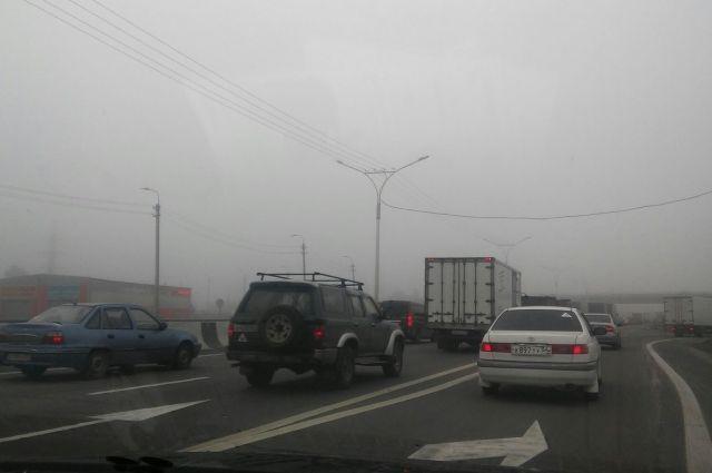 Тюменские автомобилисты «встали» в девятибалльных пробках