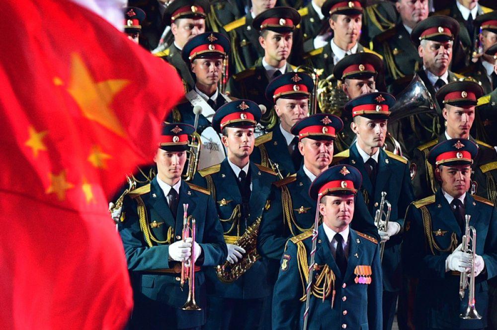 Закрытие военно-музыкального фестиваля «Спасская башня» в Москве.