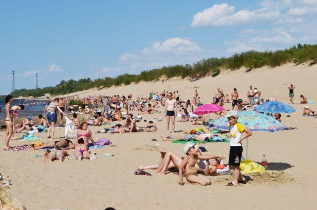Летом работало 28 мест отдыха у воды.