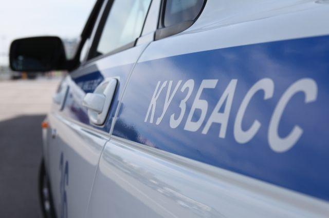 Пикап со связанным человеком в кузове разыскали сотрудники ГИБДД.