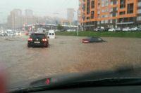Потоп на улице Бакалинской в Уфе