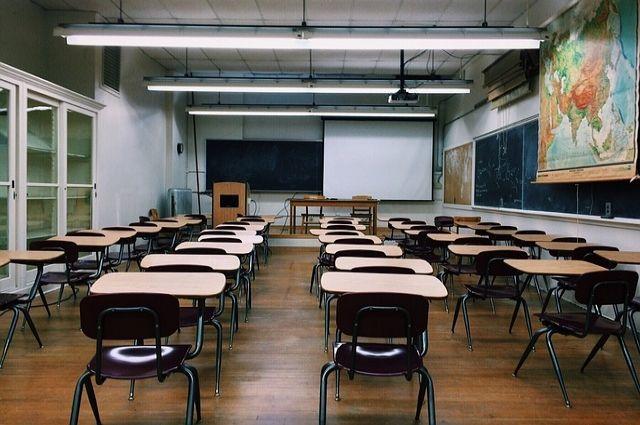 10:50 05/09/2017  0 215  В одной из самарских школ обвалился потолокУченики будут получать задания дистанционно