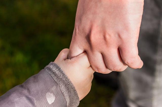Каждый может протянуть нуждающимся свою руку.