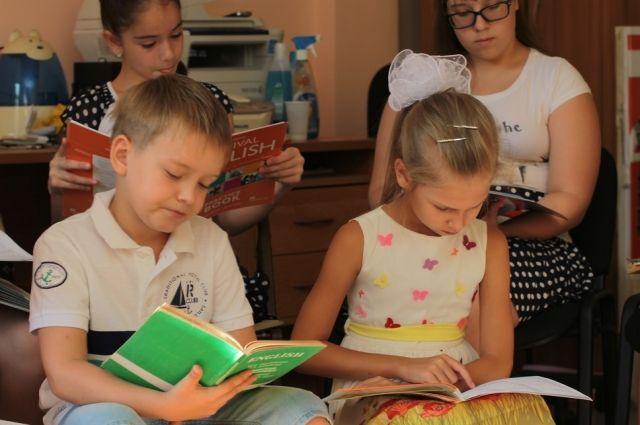 Украинские школьники будут обучается  12 лет— решено