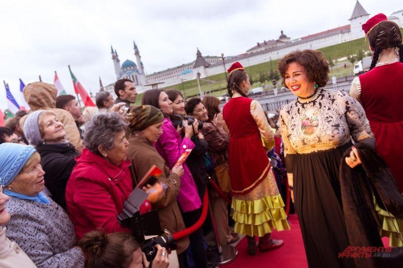 Продюсер, актриса из Египта, лауреат многочисленных международных премий Ильхам Шахин.