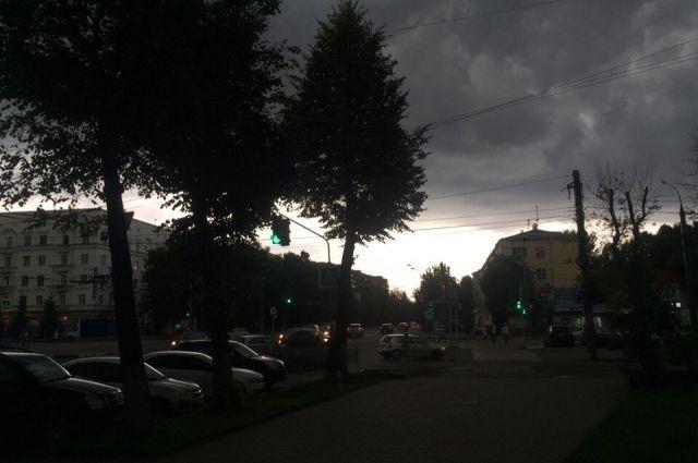 ВПодмосковье предполагается ливень сгрозой исильный ветер