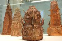 Шиниши Савада создает из глины фантастических существ.