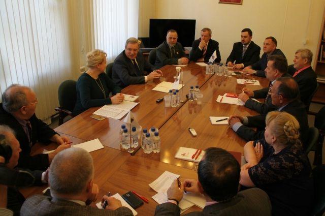 Красноярский край - единственный регион, где  Гражданская ассамблея останется работать наряду с новой Общественной палатой.