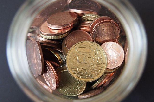 Средний гражданин Ивановской области отдает банкам закредиты больше половины заработной платы