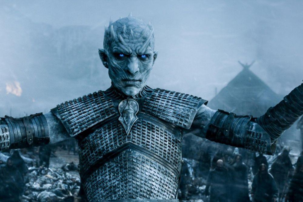 Ещё одно крупное сражение с Белые Ходоками происходит в Орлином Гнезде. Во время битвы погибает Бриенна Тарт, дракон-зомби Визерион, Робин Аррен. Когда Король Ночи проникает в замок, Джон убивает его мечом «Длинный коготь», а дракон Дрогон уничтожает сам замок.