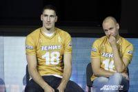 Лидеры, в числе которых и Максим Михайлов (слева), по-прежнему в основе команды.
