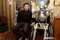 Китайцы подарили изобретателю деньги для совершенствования робота.