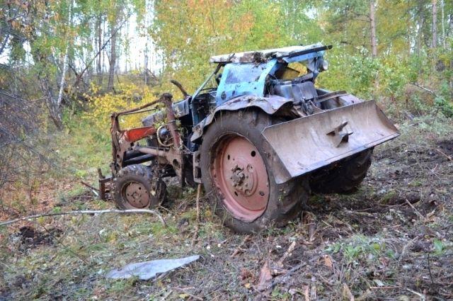 Вот, что стало с трактором после ДТП.