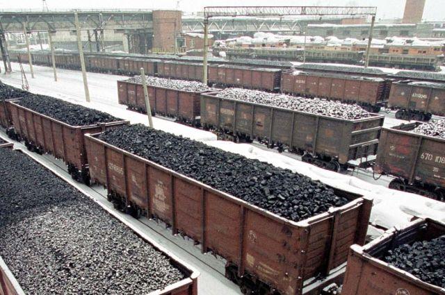 В прошлом сезоне, по словам Амана Тулеева, угольщики не раз соглашались поставлять уголь в Юргу без предоплаты.