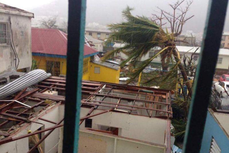 Последствия урагана на острове Сен-Мартен.