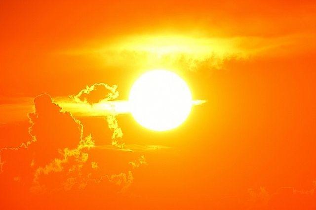 На Солнце происходят взрывы.